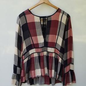 Thread & Supply Plaid Bell Sleeved size Large
